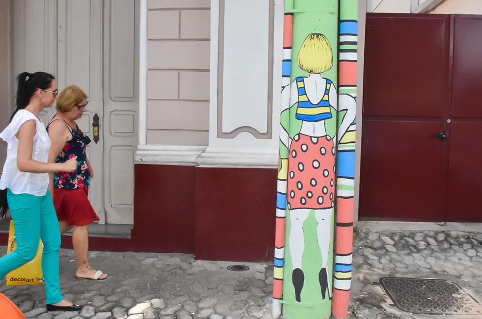 -  Postes em Pará de Minas recebem pinturas de artistas  Foto: Prefeitura Pará de Minas/Divulgação