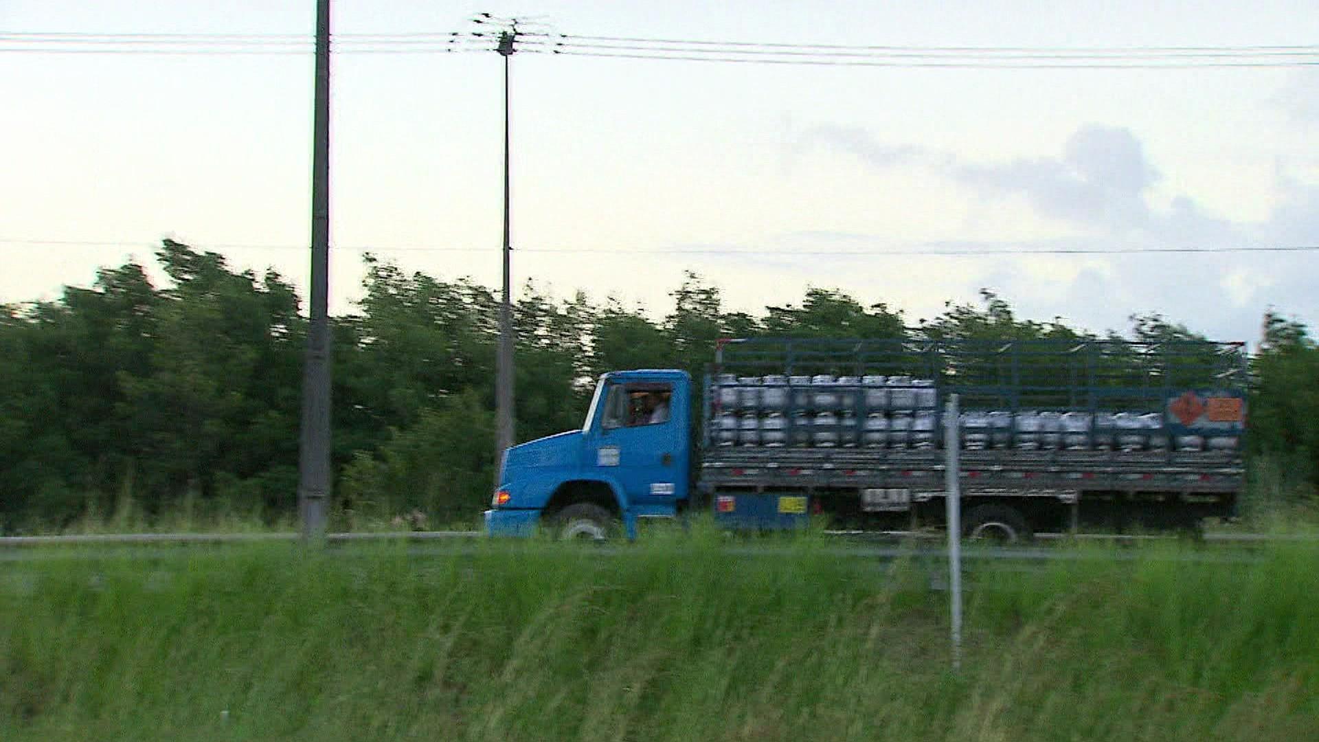 Serviço auxilia caminhoneiros a localizar pontos de apoio em Pernambuco durante pandemia
