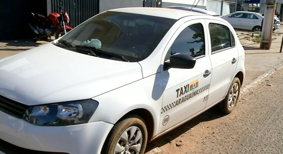 Táxi era usado em assaltos para facilitar fugas de criminosos (Foto: Reprodução/TV Anhanguera)