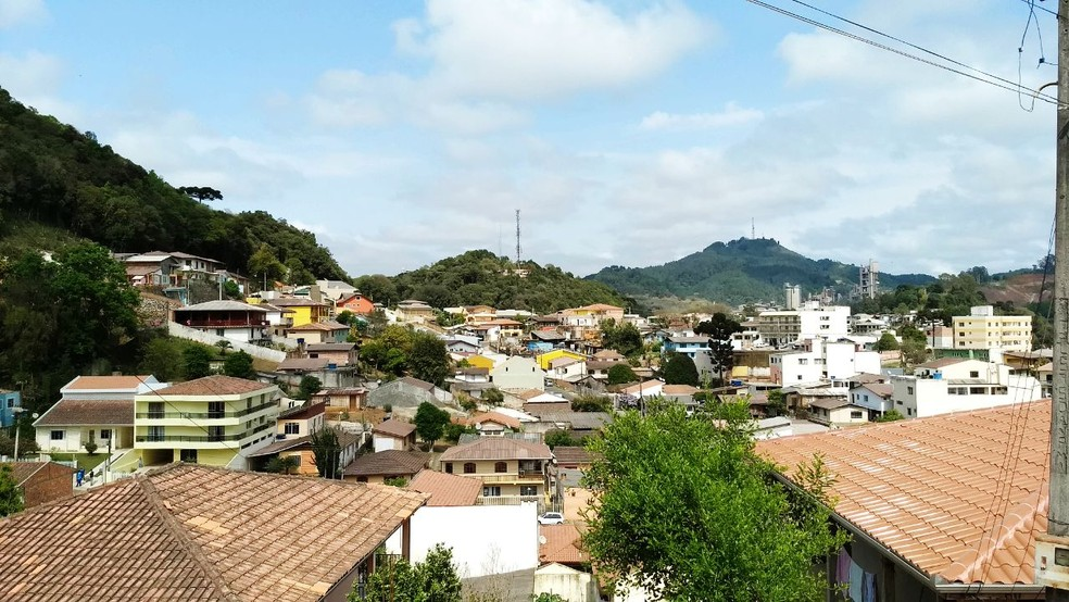 Tremor teve epicentro em Itaperuçu e Rio Branco do Sul (Foto: Luiz Vaz/ RPC)