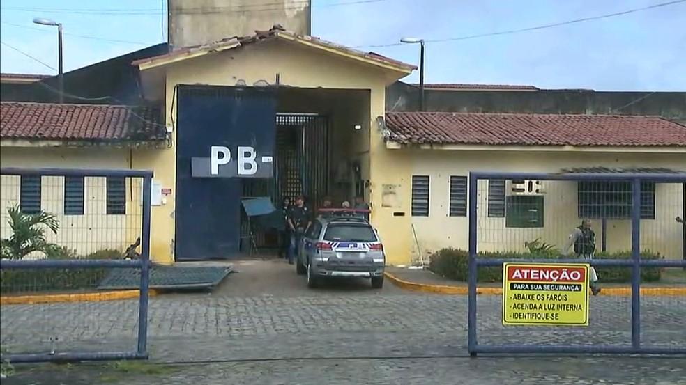 Detentos estão sendo recapturadas desde a madrugada desta segunda-feira (10) (Foto: TV Cabo Branco/Reprodução)