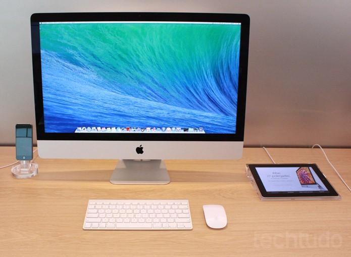 iPad do lado do Mac na Apple Store (Foto: Allan Melo / TechTudo)