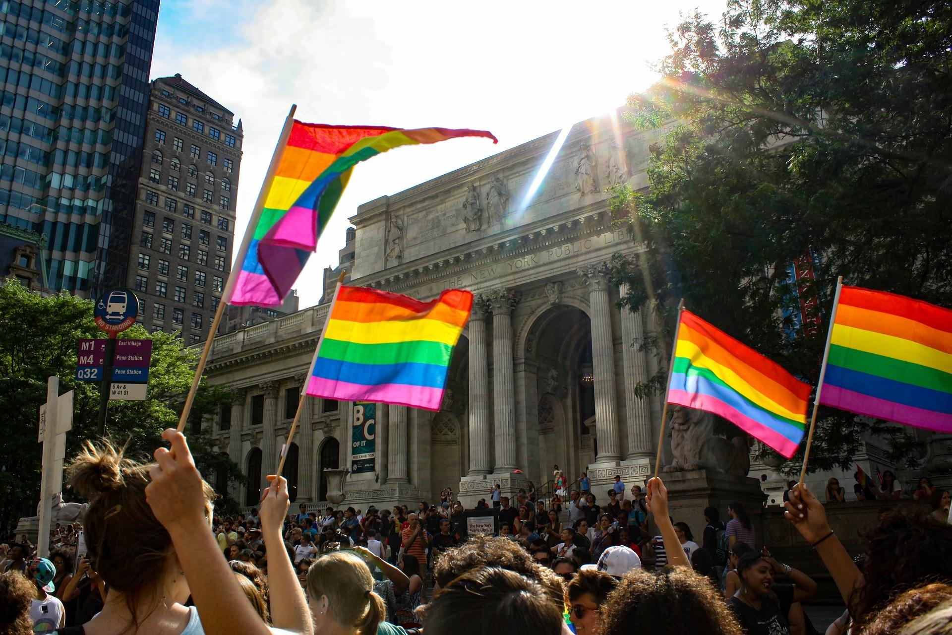 Livro mostra como a velhice LGBT+ é um ato de resistência