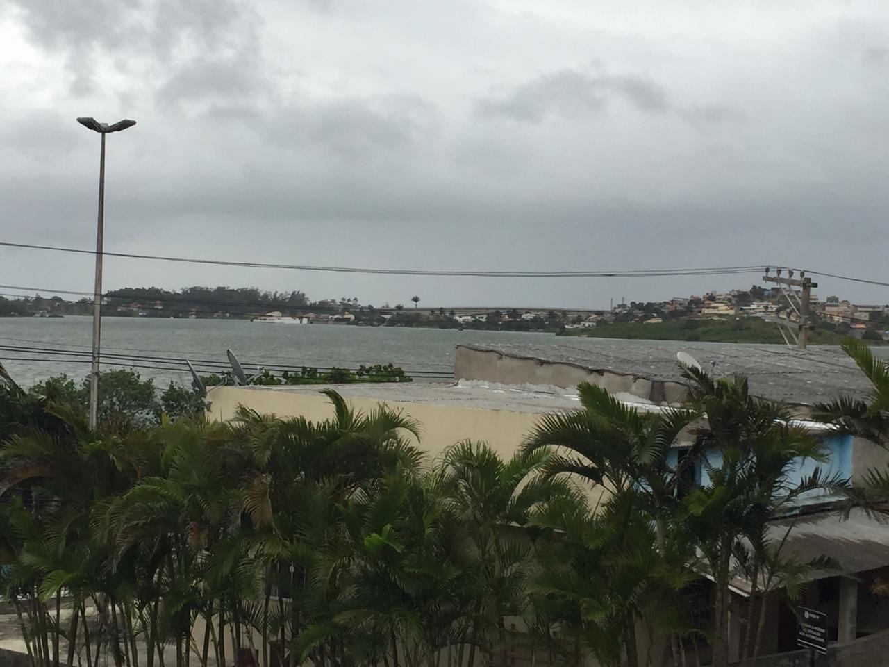 Marinha emite alerta de ventos fortes e ressaca para cidades da Região dos Lagos do Rio - Notícias - Plantão Diário