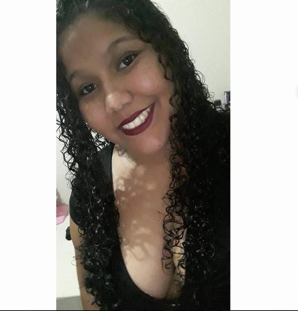 Erica Oliveira Gomes foi assassinada em Barra do Garças — Foto: Facebook/Reprodução