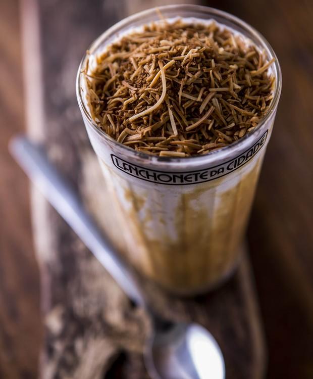 frapê-de-coco-milk-shake-liquidificador (Foto: Ricardo D'Angelo/Divulgação)