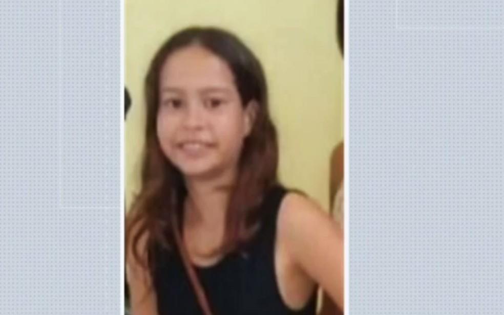 Menina de 11 anos morreu afogada enquanto brincava no rio São Francisco, em Sento Sé, no norte da Bahia — Foto: Reprodução/TV Bahia