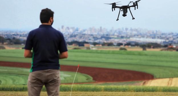 Após três anos de discussões, governo define regras para operação de drones no agro