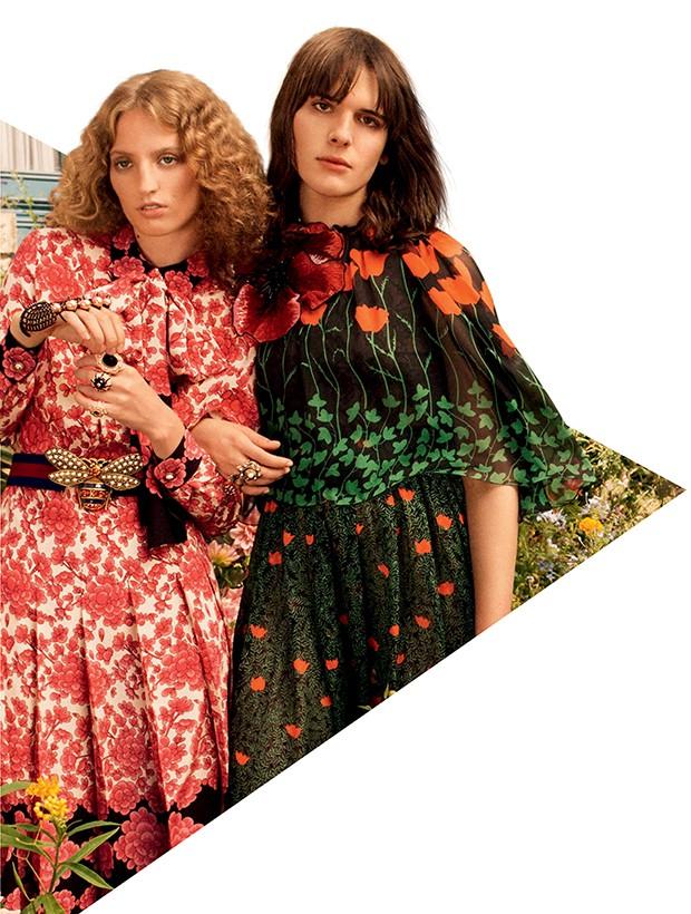 Atriz, modelo, escritora e engajada,  a trans Hari Nef  (à direita) estrela campanha da Gucci ao lado de Petra Collins (Foto: .)