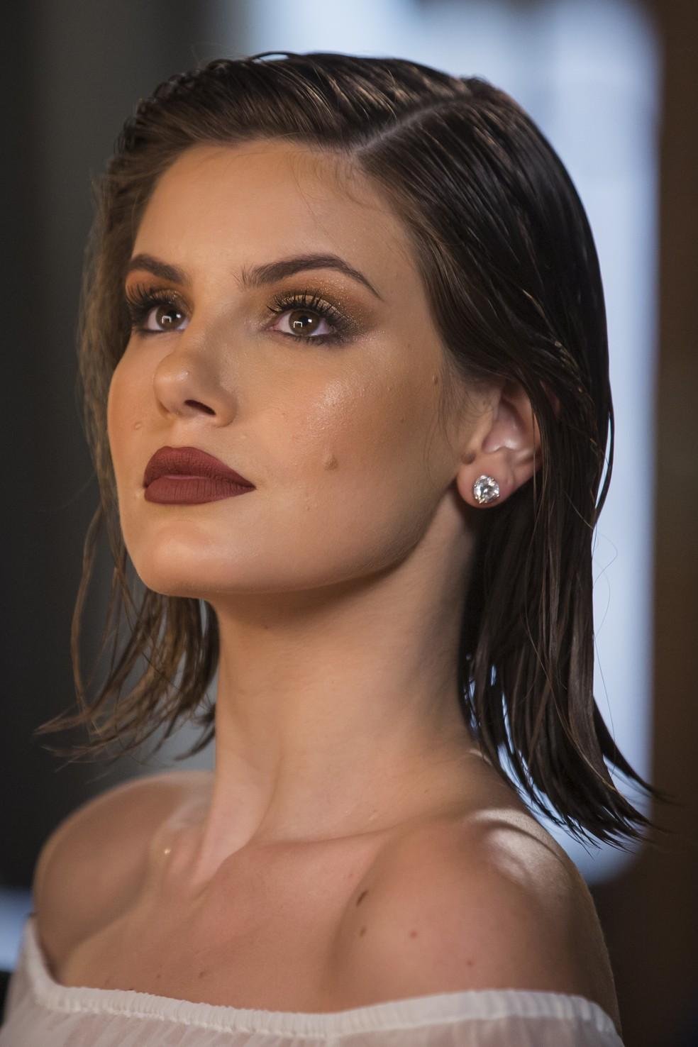 Walcyr Carrasco confirmou Camila Queiroz na continuação de 'Verdades Secretas' — Foto: Artur Meninea/Globo
