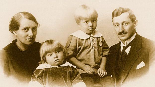 Gunnar chegou ao Brasil sete anos antes de Frida, em 2010; o casal teve seis filhos (Foto: ACERVO CPAD-CEMP)