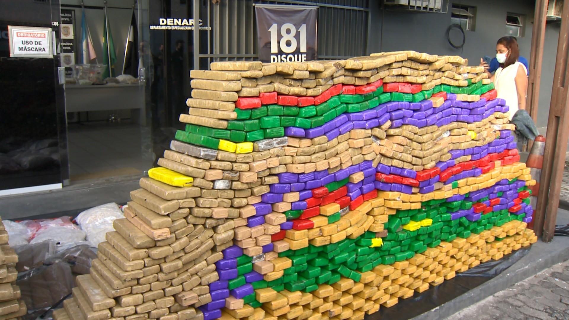Mais de uma tonelada de drogas é incinerada no ES