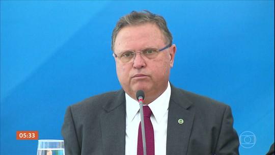 PGR denuncia o ministro da Agricultura por corrupção ativa