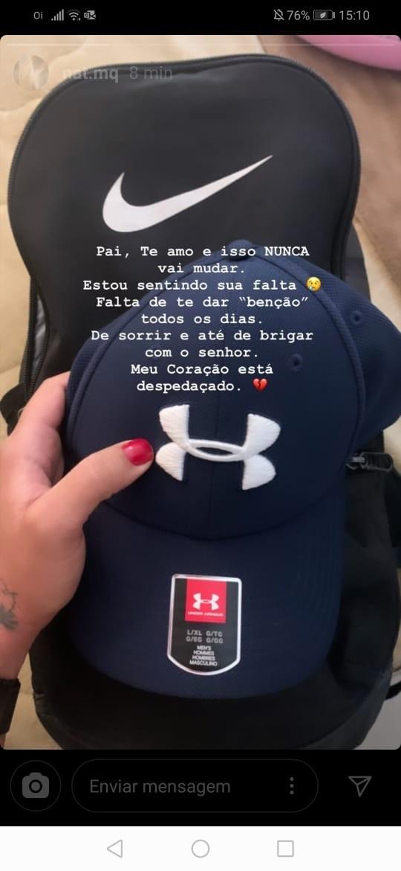 Nathalia, filha de Fabrício Queiroz, publicou foto com boné semelhante ao que o pai usava no momento da prisão