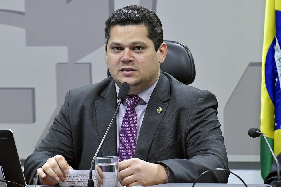 O senador Davi Alcolumbre durante sessão de uma comissão do Senado — Foto: Geraldo Magela/Agência Senado
