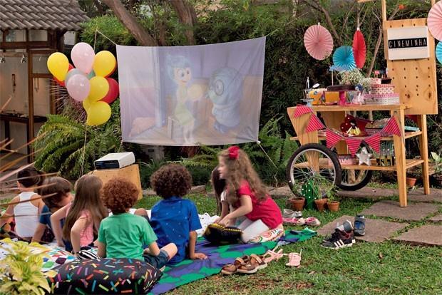 Cinema ao ar livre: como preparar uma festa diferente e econômica (Foto: Bruno Marçal/Editora Globo)