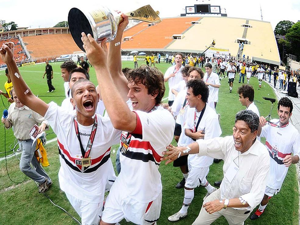 Willian Arão, do Flamengo, foi revelado na base do São Paulo — Foto: GloboEsporte.com