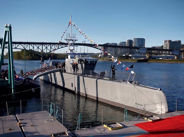 O trimarã Sea Hunter, fabricado pela Leidos, é o primeiro de uma nova classe de navios da Marinha dos Estados Unidos (Foto: REUTERS/Steve Dipaola      TPX IMAGES OF THE DAY)