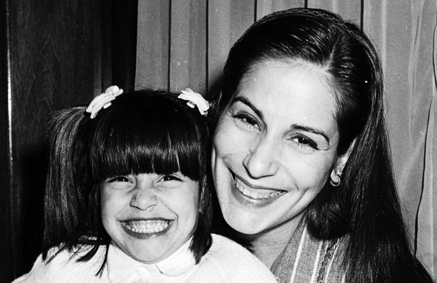 Gloria com a filha Cleo, fruto do casamento com Fábio Jr. (Foto: Cristina Granato)