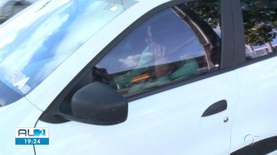 22% dos motoristas em Alagoas admitem usar celular enquanto dirigem, revela pesquisa