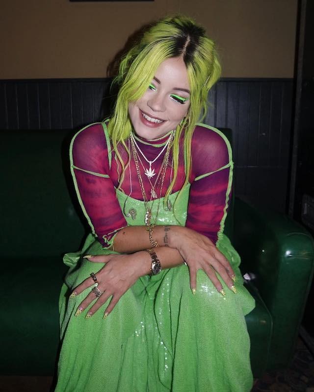 Lily Allen e seu cabelo verde neon (Foto: Instagram Lily Allen/ Reprodução)