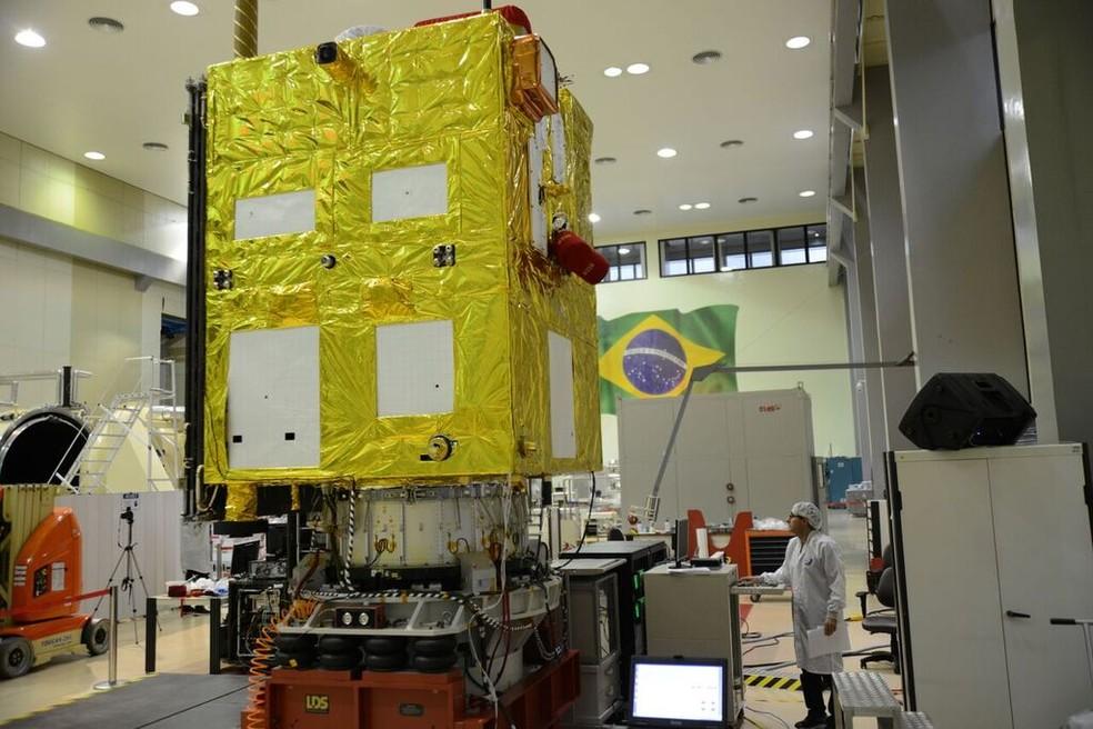 Cbers-4A é o sexto satélite feito em parceria entre Brasil e China — Foto: Divulgação/ Inpe