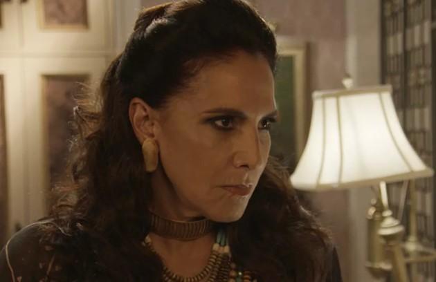 Na quarta-feira (5), Mercedes (Totia Meireles), após descobrir que João (Rafael Vitti) foi o criador do 'No Fusca com Manu', resolverá tirar o programa do ar (Foto: TV Globo )