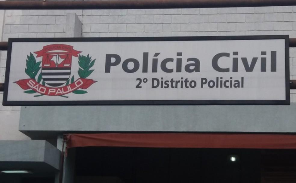 Suspeitos foram levados para o 2º DP de São Carlos — Foto: A Cidade ON/São Carlos