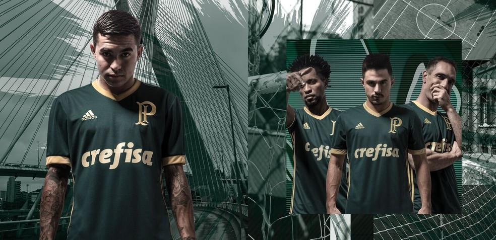 ... Adidas tem contrato com o Palmeiras até dezembro de 2018 — Foto   Divulgação 18e7c61e9a69f