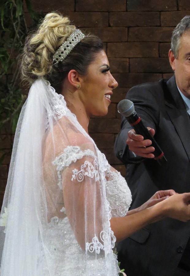 Tati Minerato e Marcelo Rocha se casam (Foto: Renato Cipriano/Divulgação)