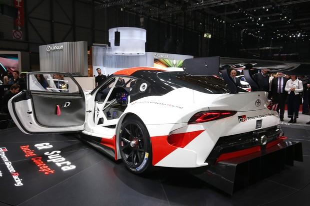 Toyota GR Supra Racing Concept no Salão de Genebra (Foto: Newspress)