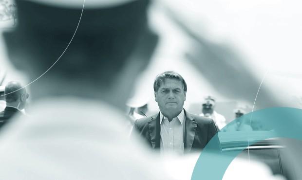 Presidente Jair Bolsonaro em visita ao Centro Tecnológico da Marinha em outubro de 2020