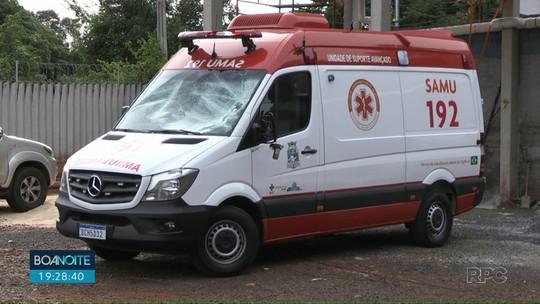 Homem desconta a raiva em ambulância do Samu