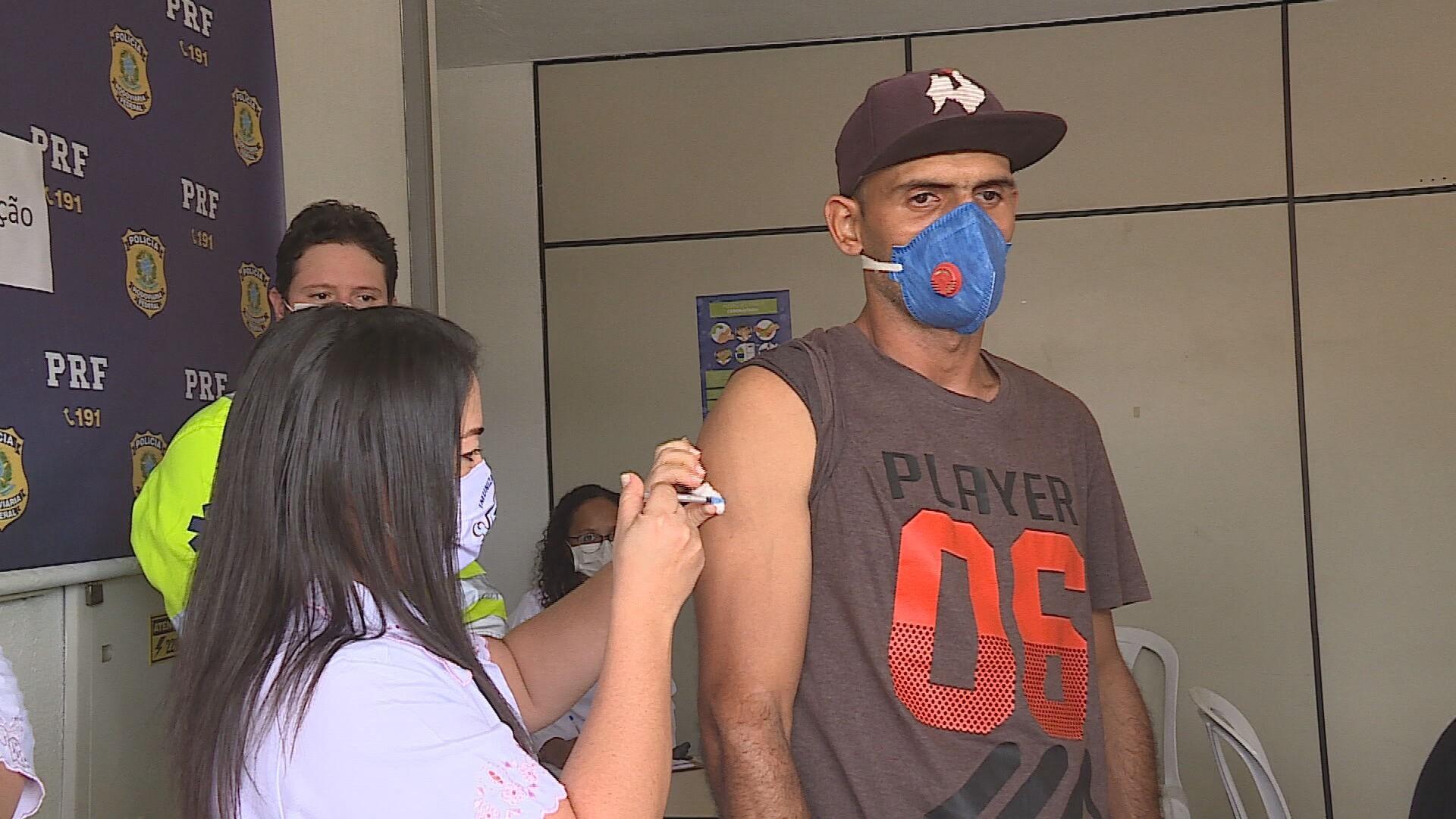 Vacinação contra a gripe tem baixa adesão em MG; 2ª fase está prevista para terminar sexta-feira