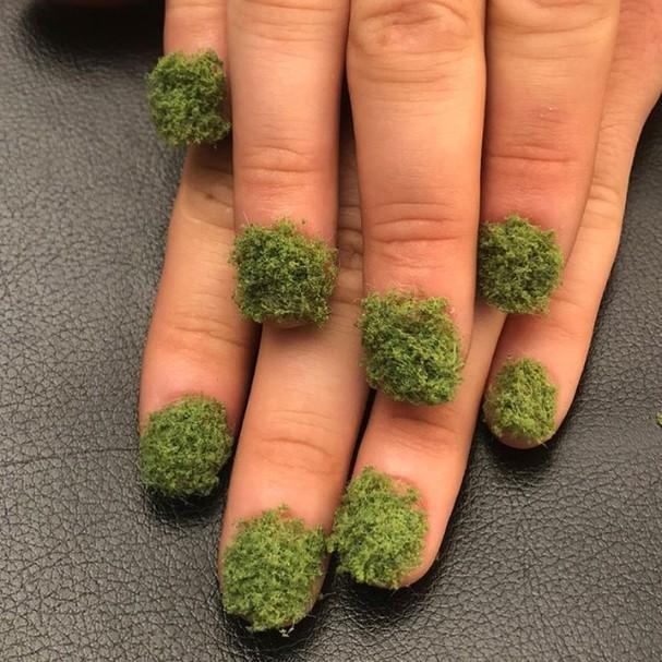 Nail artist inspirada no bonsai (Foto: Reprodução Instagram)