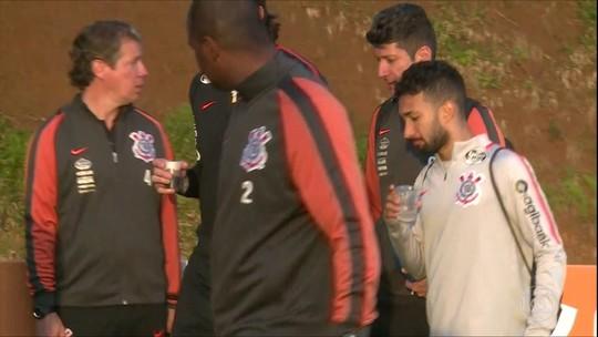 Clayson é duvida no Corinthians para a partida contra a Chapecoense