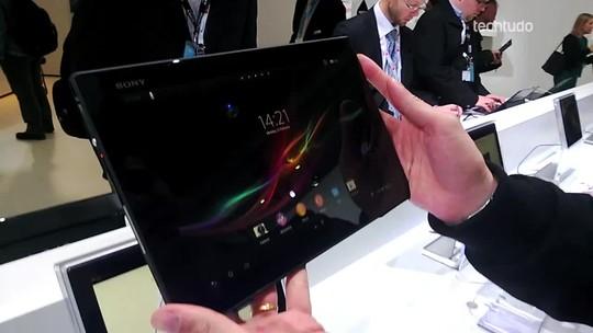 Xperia Tablet Z: teste do tablet mais fino do mundo no MWC 2013