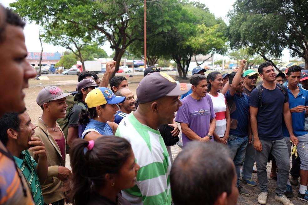 Na praça Simón Bolivar, imigrantes se sentem protegidos: 'aqui é como se fosse o nosso território venezuelano' (Foto: Inaê Brandão/G1 RR)