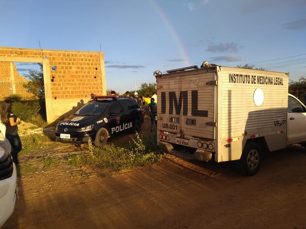 Adolescente foi morto a tiros em Petrolina — Foto: Andréa Meireles / TV Grande Rio