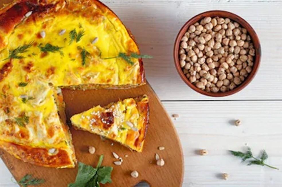 Veja como fazer fritada espanhola sem ovo — Foto: Shutterstock