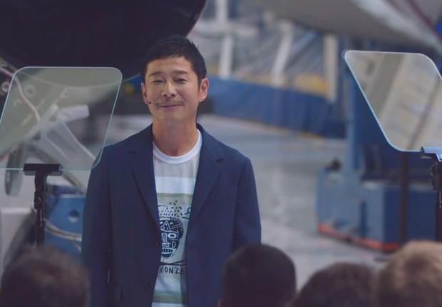 Yusaku Maesawa, empresário japonês, foi anunciado como o primeiro passageiro da SpaceX rumo à Lua (Foto: reprodução/youtube)