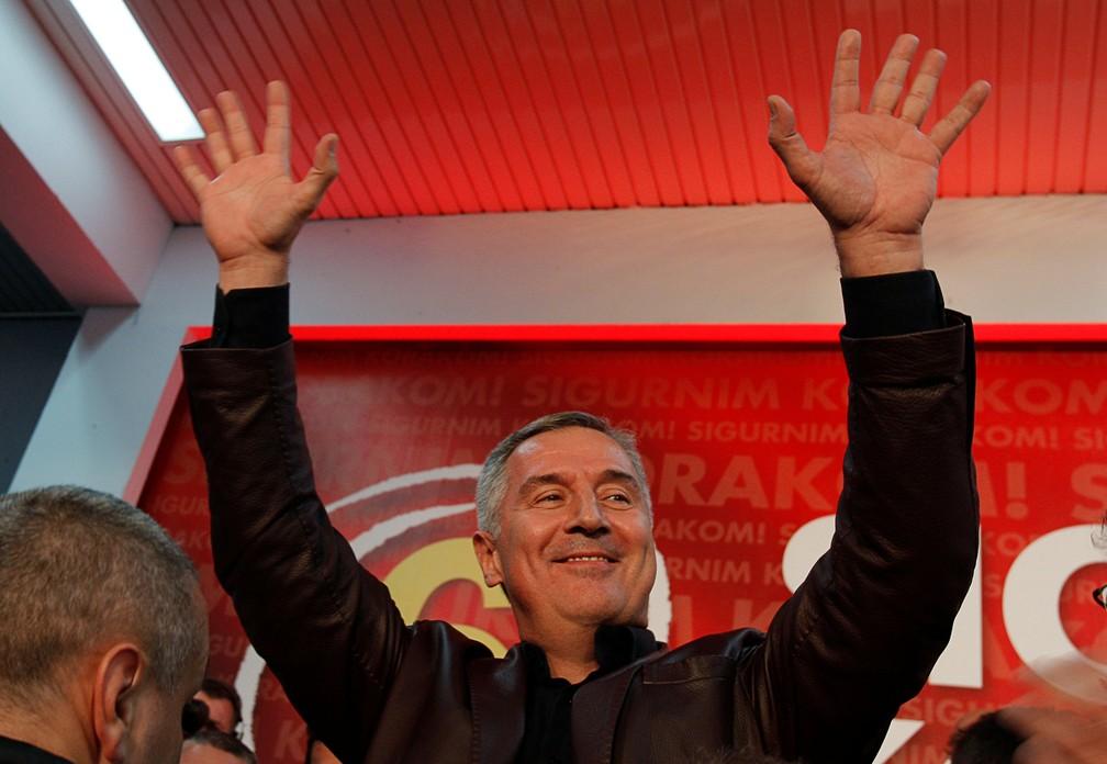 -  Milo Djukanovic, que governou Montenegro por 25 anos, aparece como favorito e deve ganhar no 1º turno  Foto: Reuters/Stevo Vasiljevic