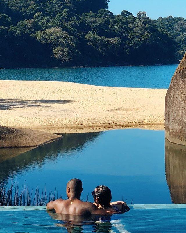 Fernanda Souza e Thiaguinho relaxando em viagem (Foto: Reprodução/Instagram)