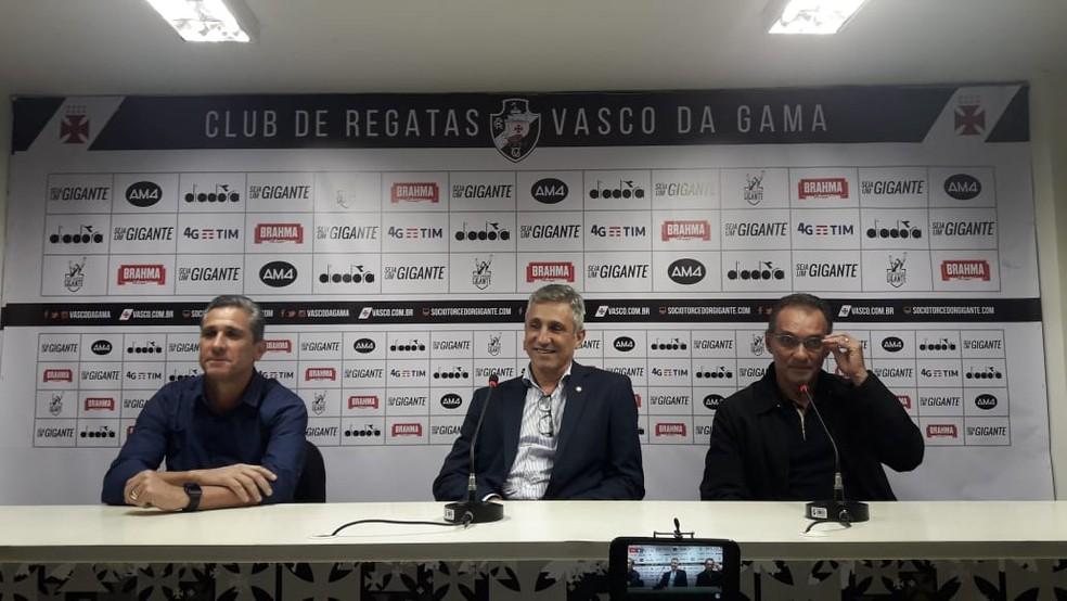 Jorginho, Campello e PC Gusmão, em apresentação no Vasco (Foto: Bruno Giufrida/GloboEsporte.com)