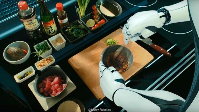 Robôs treinados por chefs profissionais podem replicar receitas de uma enorme biblioteca (Foto: MOLEY ROBOTICS via BBC News Brasil)