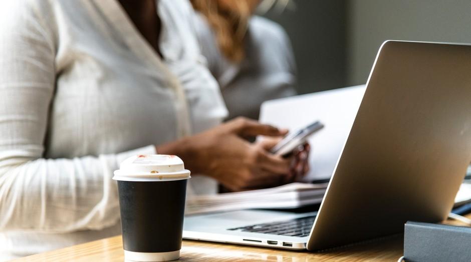 Coworking; escritório; trabalho (Foto: Pexels)