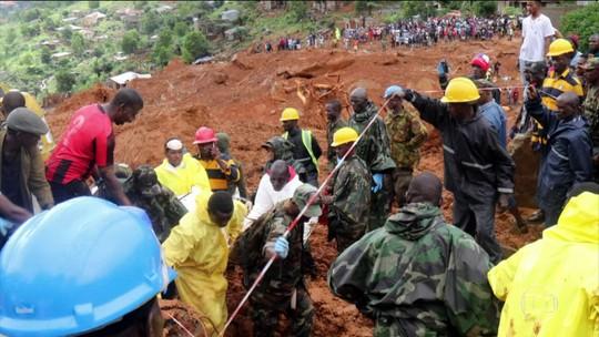 Número de mortos em Serra Leoa passa de 300 e deve aumentar