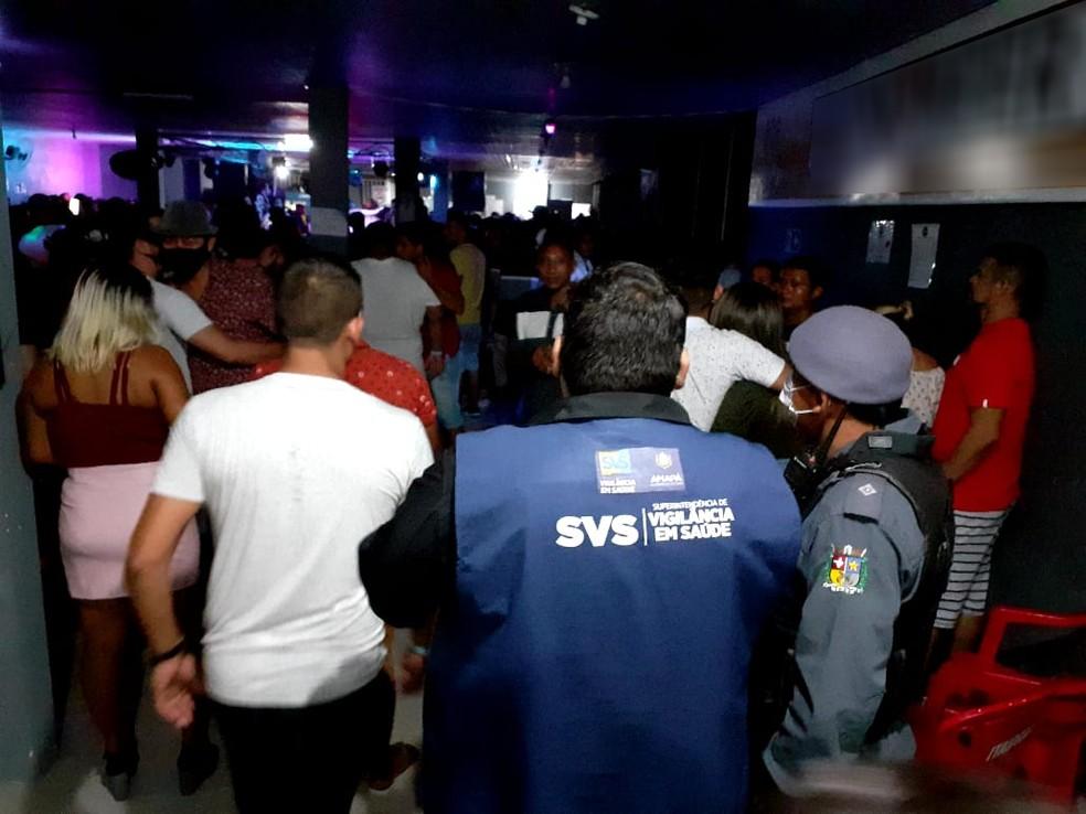 Vigilância flagrou neste fim de semana mais 10 bares e balneários com aglomerações e falta de EPIs em Macapá — Foto: Vigilância Sanitária/Divulgação