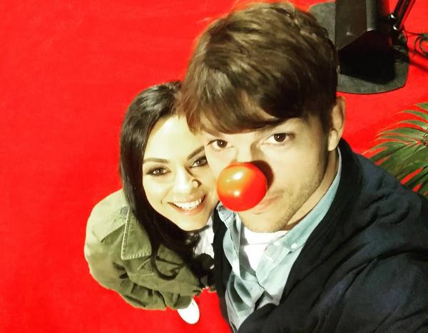 Ashton Kutcher e Mila Kunis (Foto: Instagram)