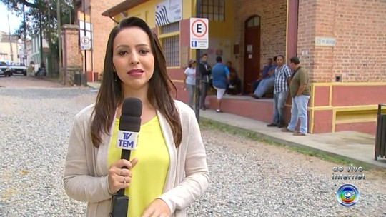 Rede de lanchonetes está com 200 vagas abertas no PAT de São Roque